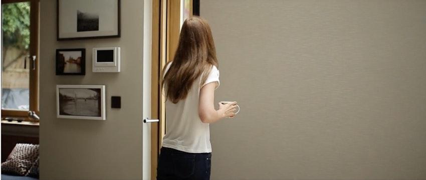 Centor Folding Door - Featuring Shade Thumbnail Image