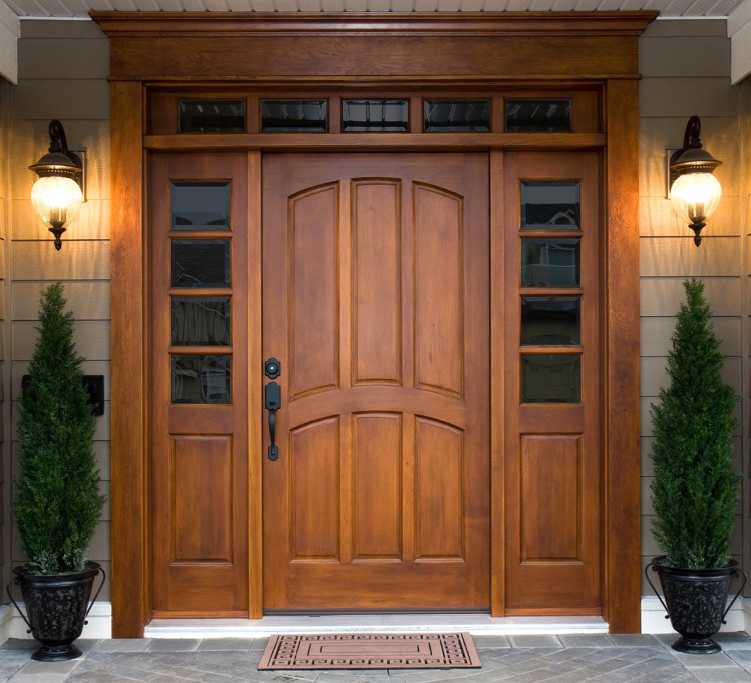 huge discount b5924 68a44 Stained Front Wood Door with Decorative Sidelights and Transom