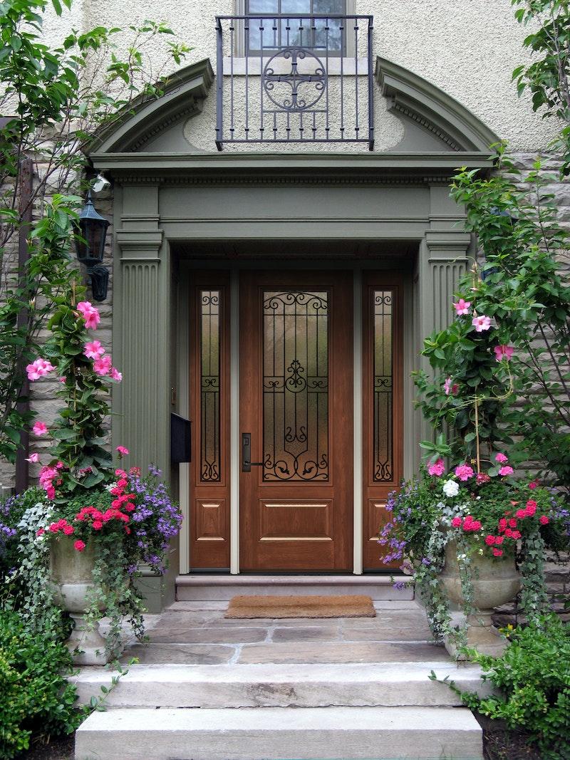 Fiberglass Exterior Doors: ProVia® Signet® Fiberglass Front Doors