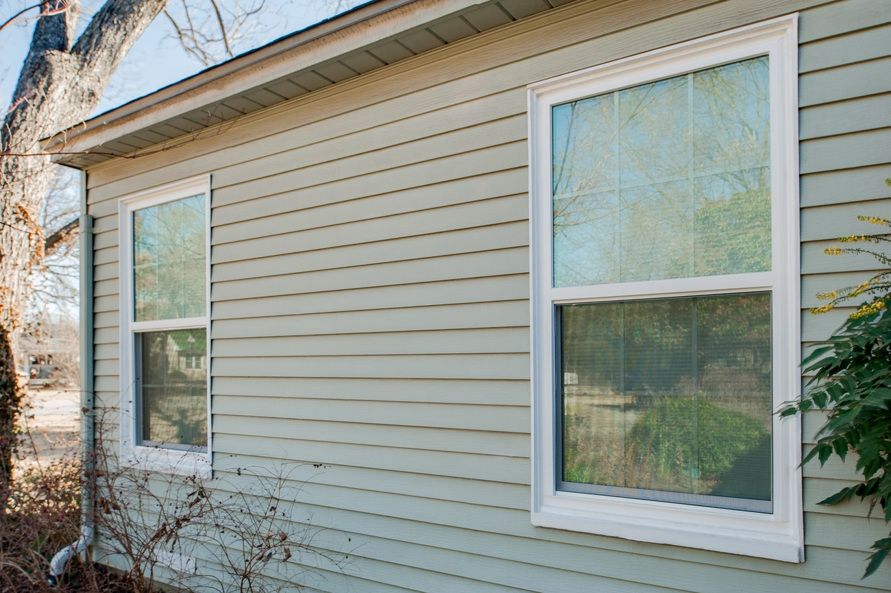 brennan-traditions-two-single-hung-windows