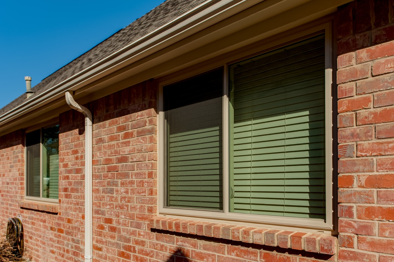 brennan-traditions-xo-sliding-window