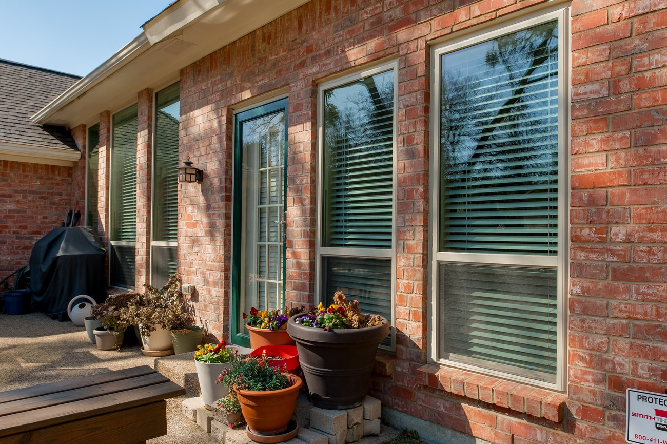 oriel-single-hung-replacement-windows