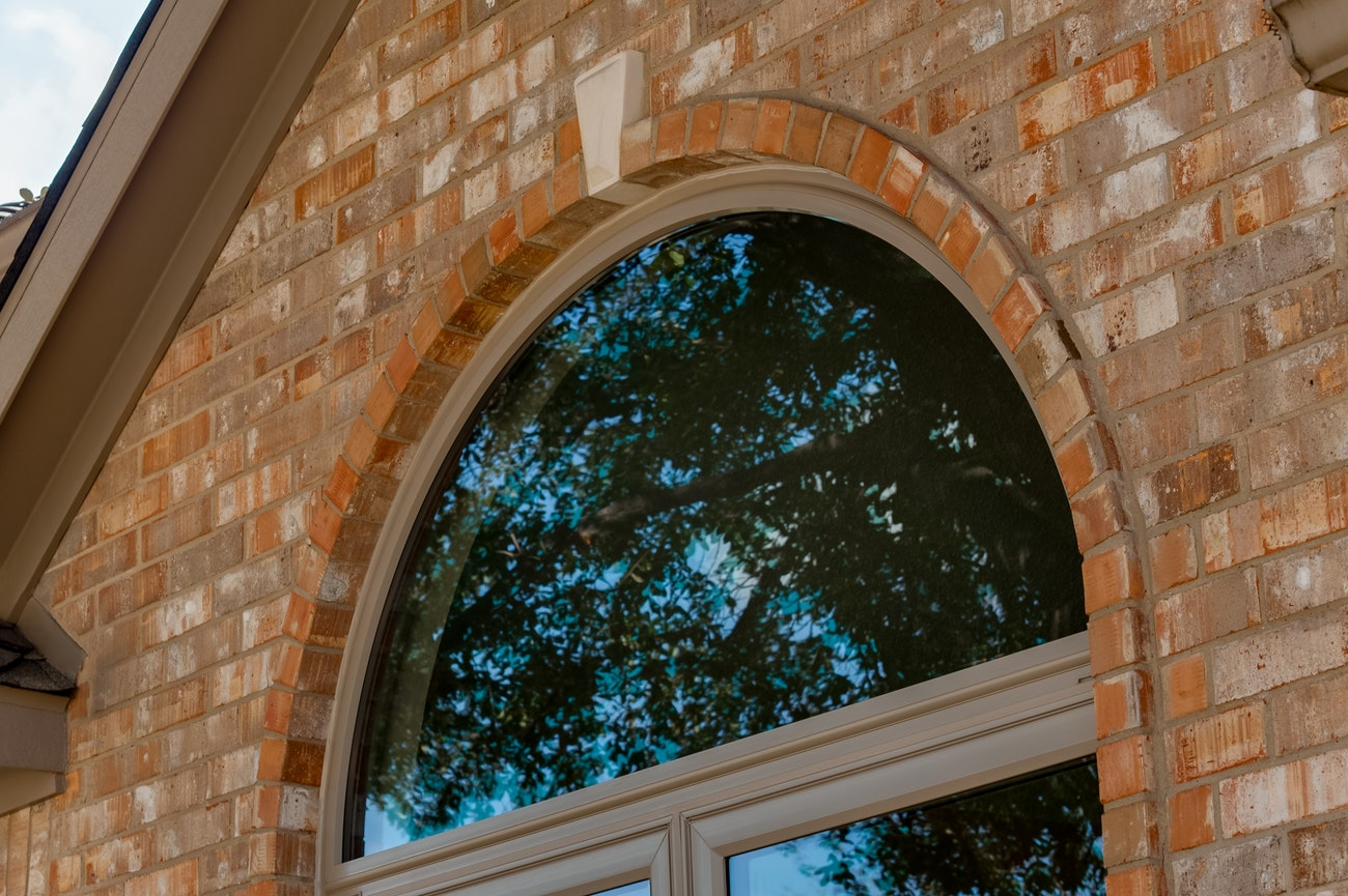 brennan-traditions-specialty-window