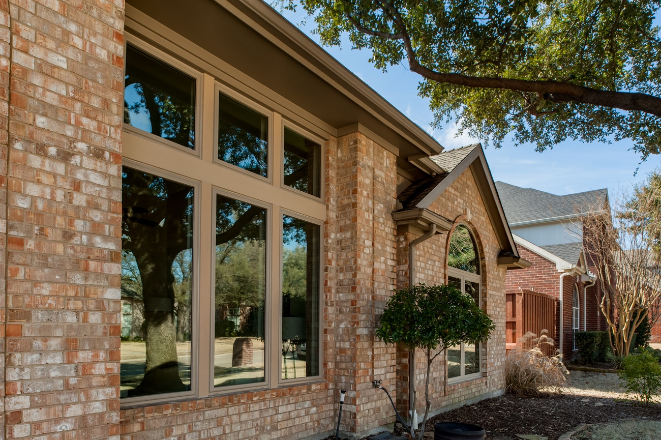 brennan-traditions-vinyl-casement-window