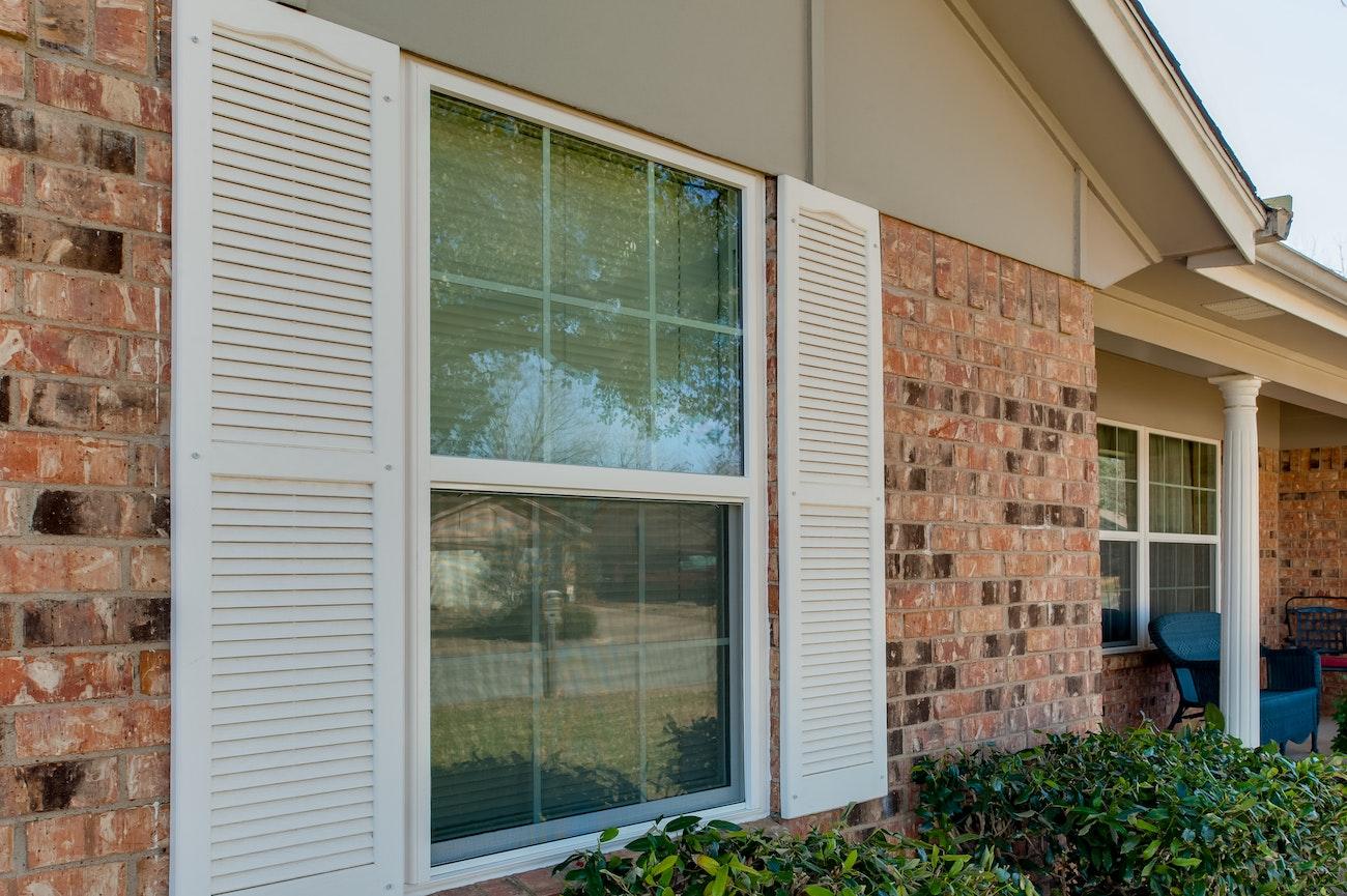 brennan-traditions-grid-windows-single-hung