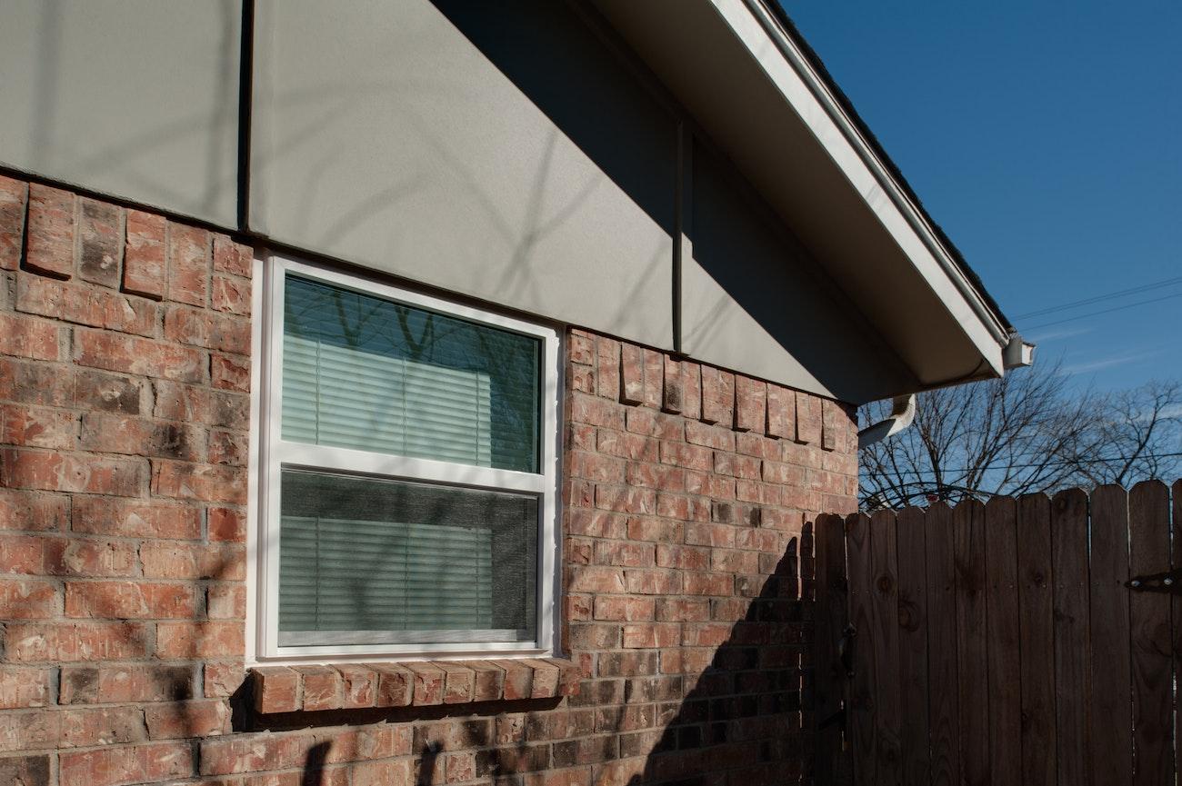brennan-traditions-single-hung-windows-medium-sized